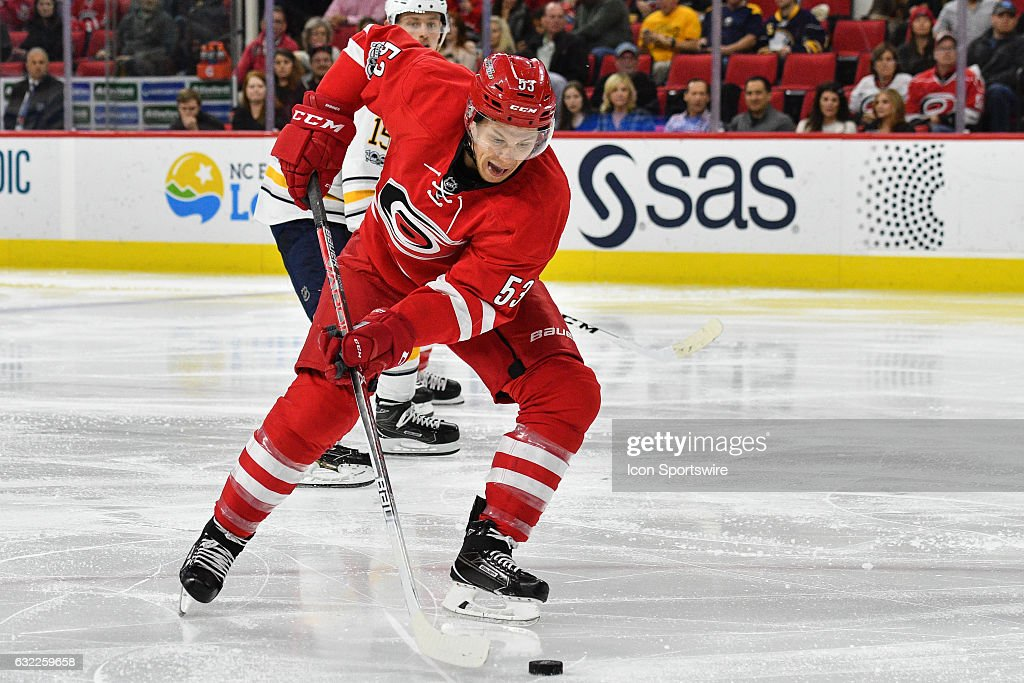 NHL: JAN 13 Sabres at Hurricanes : News Photo