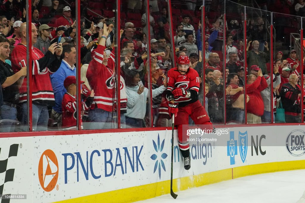 NHL: OCT 09 Canucks at Hurricanes : News Photo