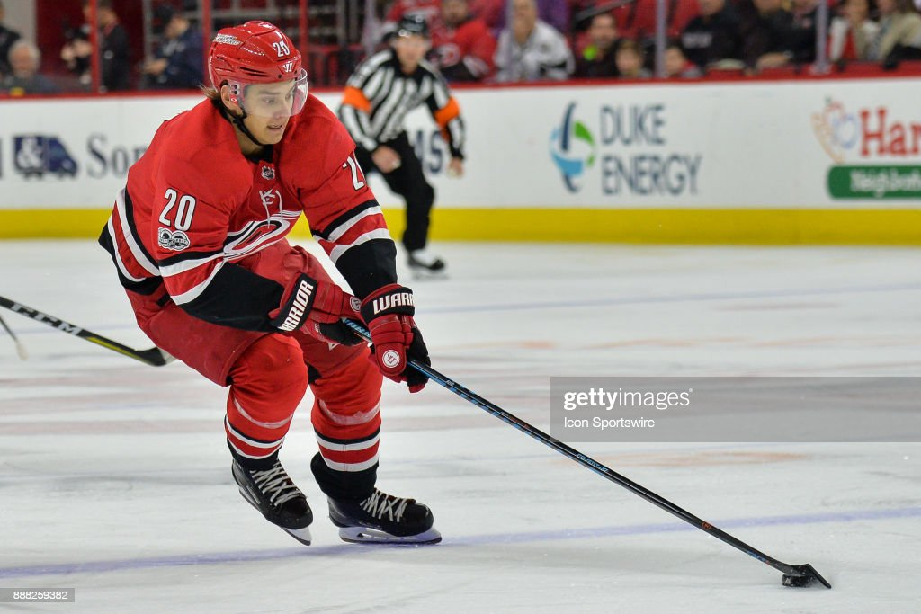 NHL: DEC 02 Panthers at Hurricanes : News Photo