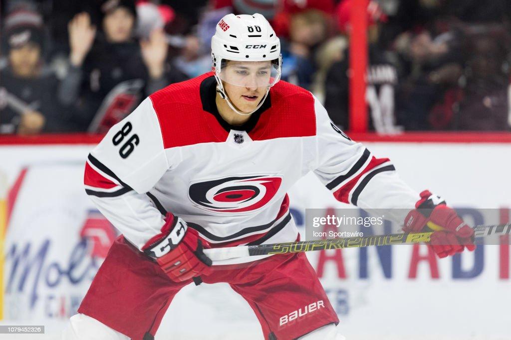 NHL: JAN 06 Hurricanes at Senators : Nieuwsfoto's