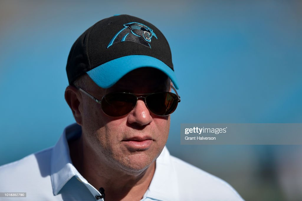 Miami Dolphins v Carolina Panthers : News Photo