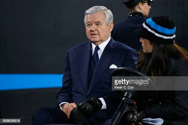 Carolina Panthers owner Jerry Richardson looks on prior to the NFC Championship Game between the Arizona Cardinals and the Carolina Panthers at Bank...