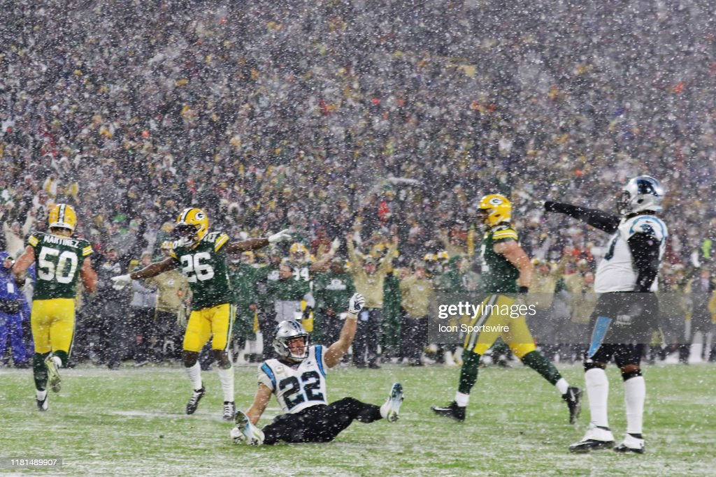 NFL: NOV 10 Panthers at Packers : News Photo