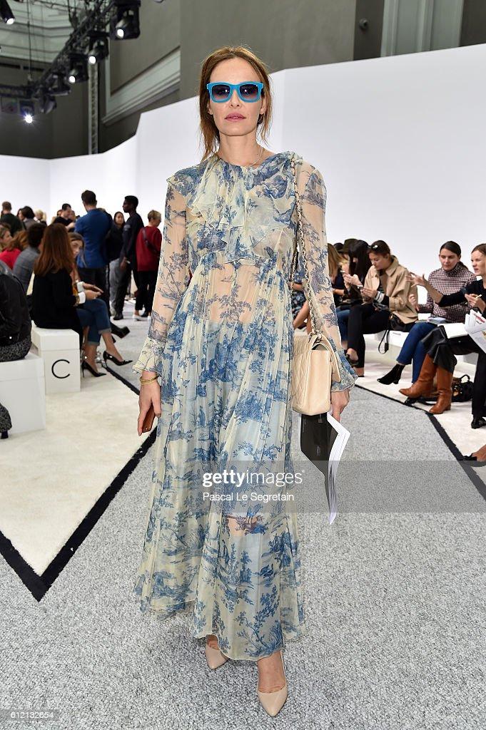 Giambattista Valli : Front Row  - Paris Fashion Week Womenswear Spring/Summer 2017