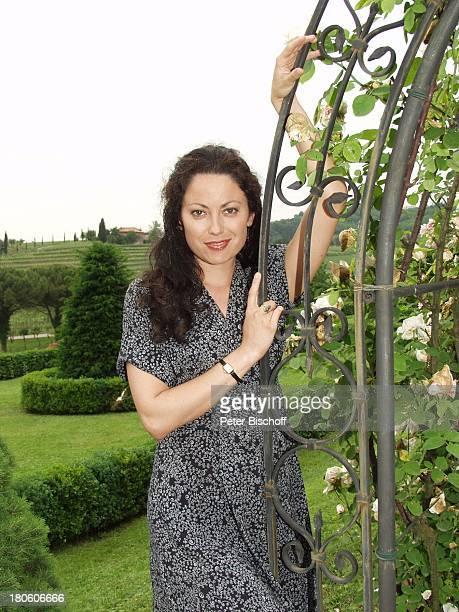 Carolina Vera Squella ARD/ORFKrimiKomödie Der BestsellerMord auf italienisch Italien