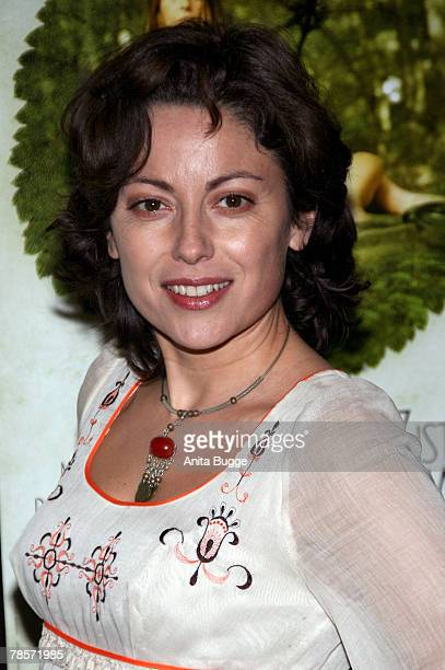 Carolina VeraSquella attends the Berlin premiere of Das Herz Ist Ein Dunkler Wald at the Kino International December 19 2007 in Berlin Germany