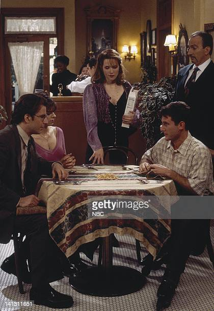 CITY 'Caroline and the Cereal' Episode 20 Aired 4/18/1996 Pictured Eric Lutes as Del Cassidy Amy Pietz as Annie Viola Spadaro Lea Thompson as...