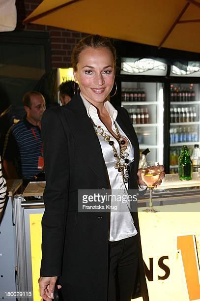 Caroline Beil Beim Dachterrassenfest Von Der Produktionsfirma Mme In Berlin Am 260806