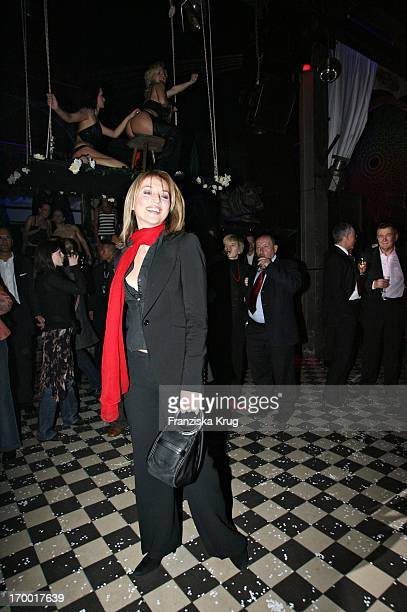 "Caroline Beil In On The After Show Party in Kit Kat Club after the premiere of ""Basic Instinct 2"" in Berlin 220306."