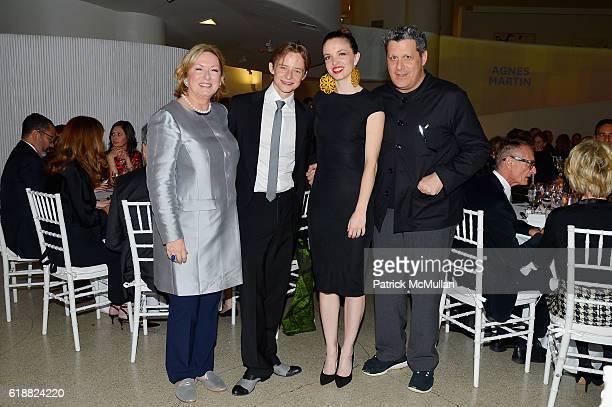 Caroline Cronson Daniil Simkin Guest and Isaac Mizrahi attend the Works Process Rotunda Projects Gala at the Guggenheim at Guggenheim Museum on...