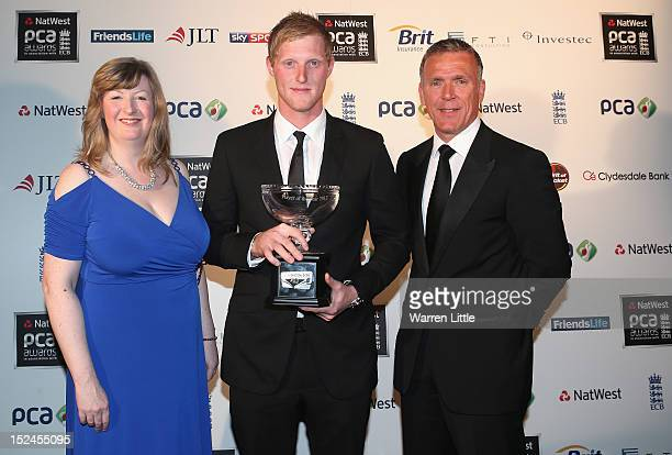 Caroline Darnbrook head of brand Clydesdale Yorkshire Bank and Alec Stewart presents Phil Mustard with the Clydsdale Bank 40 Player of the Year Award...