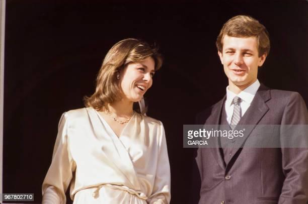 Caroline de Monaco et Stefano Casiraghi au balcon du palais le jour de leur mariage le 23 décembre 1983 Monaco