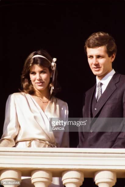 Caroline de Monaco et Stefano Casiraghi au balcon du palais le jour de leur mariage le 23 décembre 1983, Monaco.