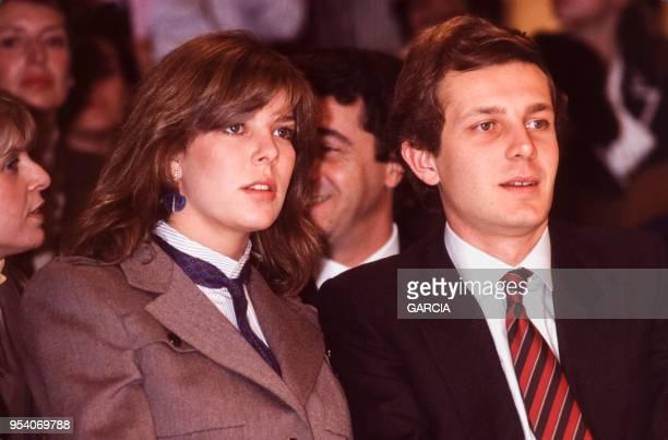 Caroline de Monaco et Stefano Casiraghi lors d'un défilé Dior à Paris en janvier 1984, France.