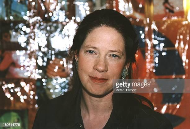 Caroline Kelly geb 05 März 1974 Portrait Porträt Schwester außerhalb Kelly Family Sternzeichen Fische