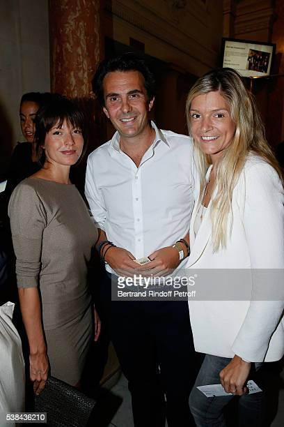 Caroline Nielsen Yannick Bollore and his wife Chloe attend the Concert of Patrick Bruel at Theatre Du Chatelet on June 6 2016 in Paris France