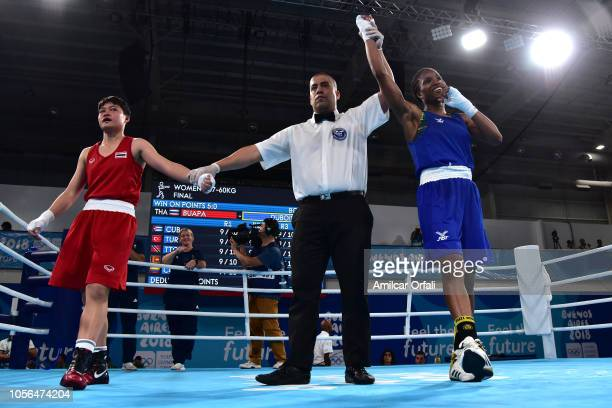 Caroline Sara Dubois of Great Britain defeats Porntip Buapa of Thailand in Women's Light Gold Medal Bout during day 12 of Buenos Aires 2018 Youth...