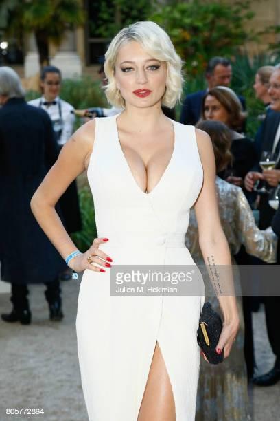 Caroline Vreeland attends the amfAR Paris Dinner 2017 at Le Petit Palais on July 2 2017 in Paris France