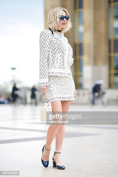 Caroline Vreeland poses before the Elie Saab show at the Theatre National de Chaillot during Haute Couture Spring Summer 16 on January 27 2016 in...
