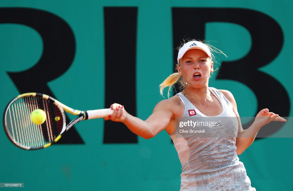 Caroline Wozniacki of Denmark plays a forehand during the women's singles third round match between Caroline Wozniacki of Denmark and Alexandra Dulgheru of Romania on day six of the French Open at Roland Garros on May 28, 2010 in Paris, France.
