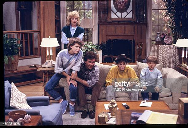 """Carol's Article"""" - Airdate: October 15, 1985. L-R: TRACEY GOLD;JEREMY MILLER;JOANNA KERNS;KIRK CAMERON;ALAN THICKE"""
