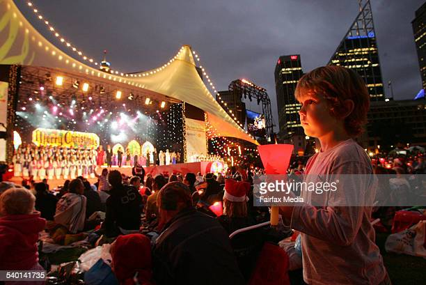 291 Christmas Carols With The Stars Show Photos And Premium High Res Pictures Getty Images