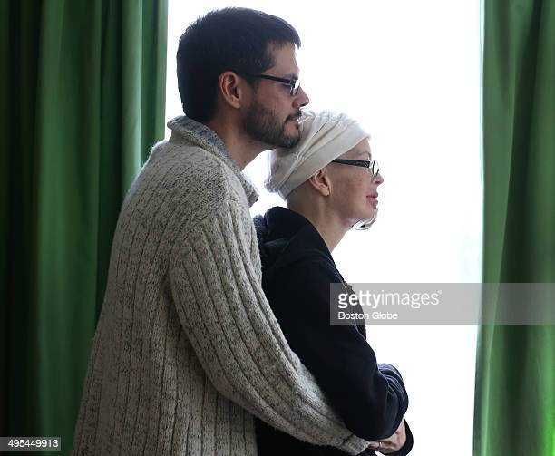 Carolyn Grantham has cancer she is photographed with her husband Diego Garcia