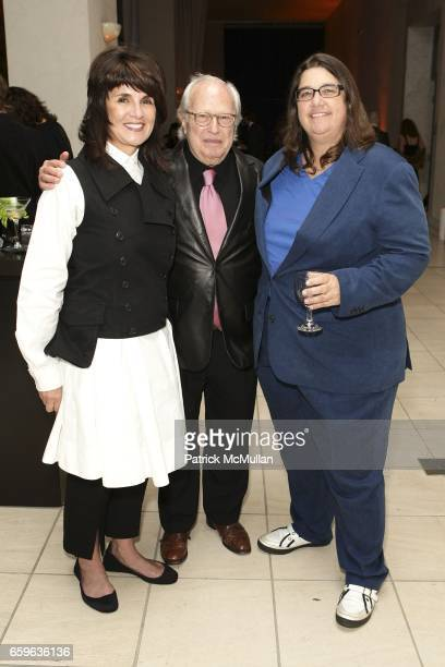 Carolyn Lawrence Joel Portnoy and Cathy Opie attend GALA IN THE GARDEN at HAMMER MUSEUM on October 10 2009 in Westwood California