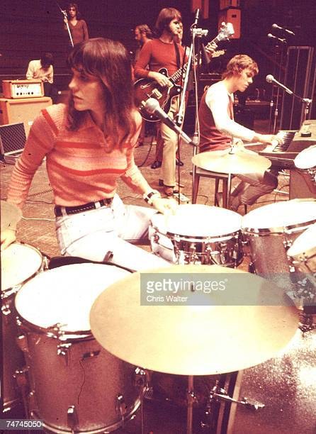 Carpenters 1972 Karen Carpenter and Richard Carpenter during The Carpenters File Photos in London United Kingdom