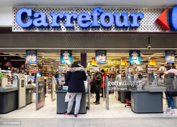 Carrefour store in Galeria Krakowska