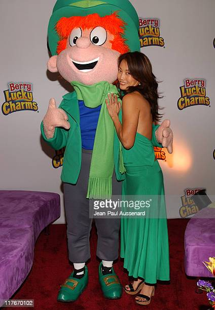 Carrie Ann Ibata with the Berry Lucky Charms Leprechaun Photo by JeanPaul Aussenard/WireImage for Silver Spoon