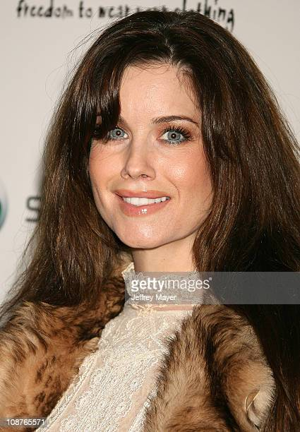 Carrie Stevens during Sony Ericsson and Cingular Wireless Present The 2 B Free Fall 2006 Collection Show and Arrivals at GM Penthouse at the Regent...