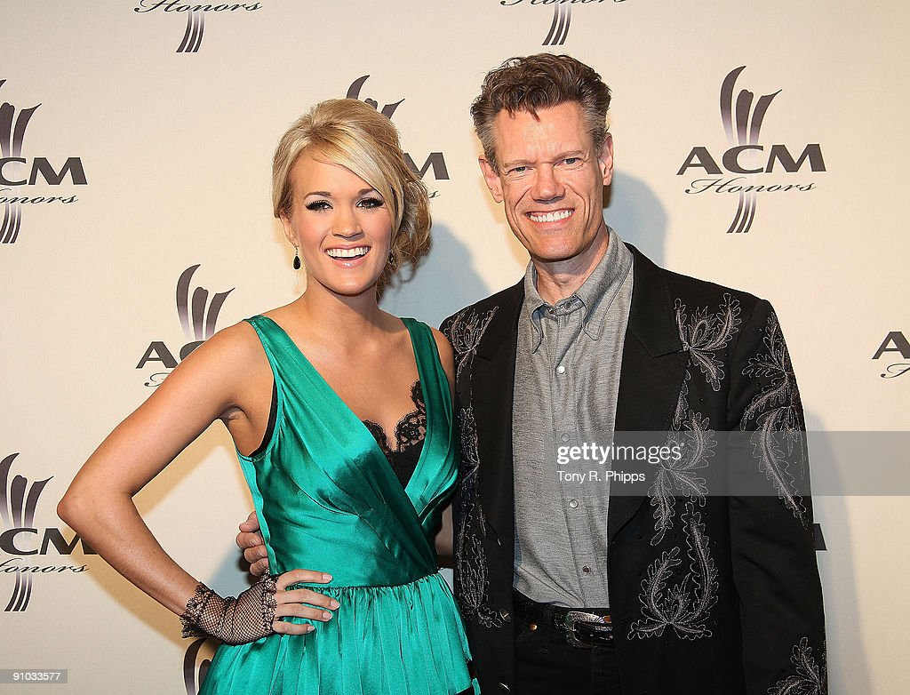 Carrie Underwood and Randy Travis arrive at the 2nd Annual ACM Honors at the Schermerhorn Symphony Center on September 22, 2009 in Nashville Tennessee.