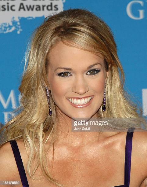 Carrie Underwood during 2006 Billboard Music Awards - Arrivals at MGM Grand Hotel in Las Vegas, Nevada, United States.