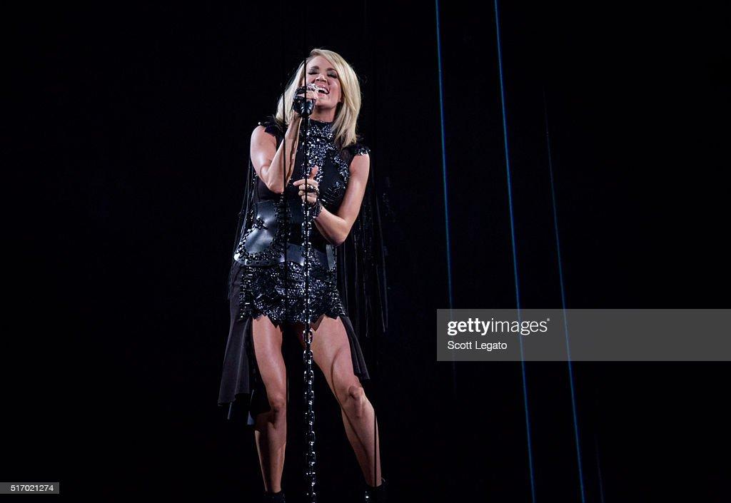 Carrie Underwood In Concert - Auburn Hills, MI