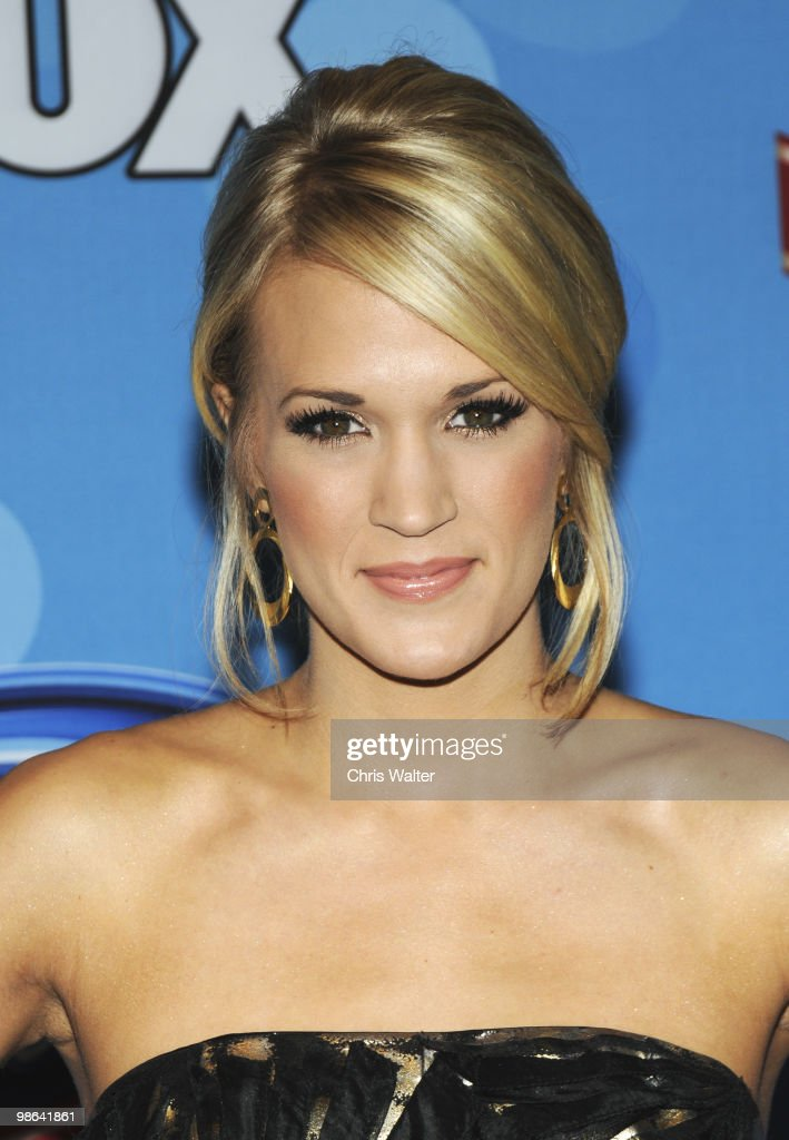 Carrie Underwood poses in the press room at Idol Gives Back at Pasadena Civic Center on April 21, 2010 in Pasadena, California.