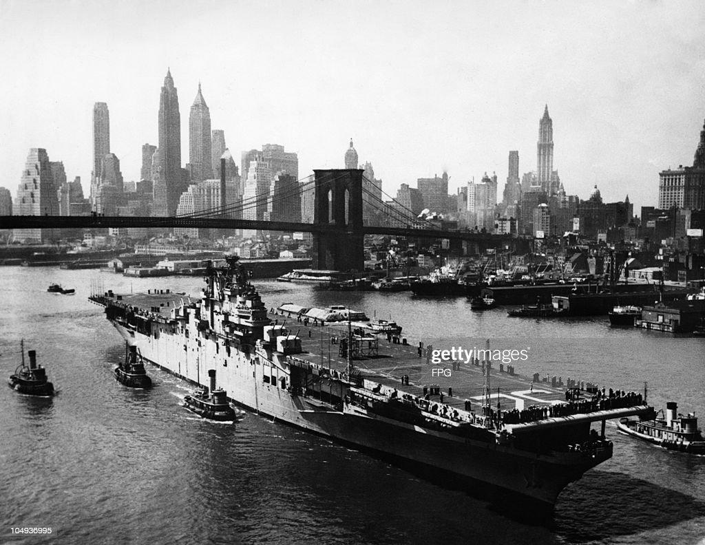 Carrier Leyte in New York : ニュース写真