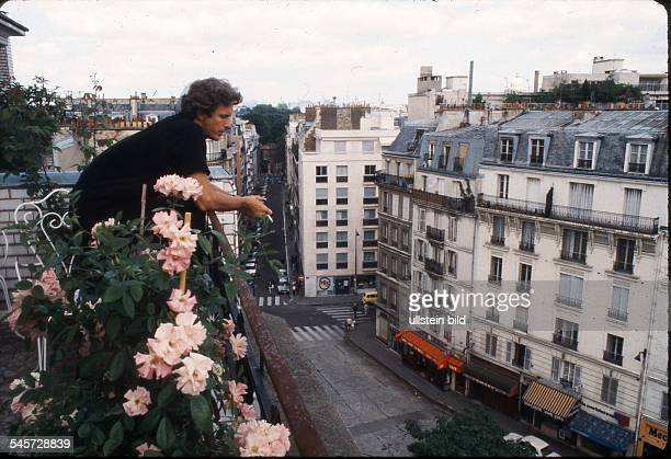 Carriere Mathieu Actor Germany at home in Paris