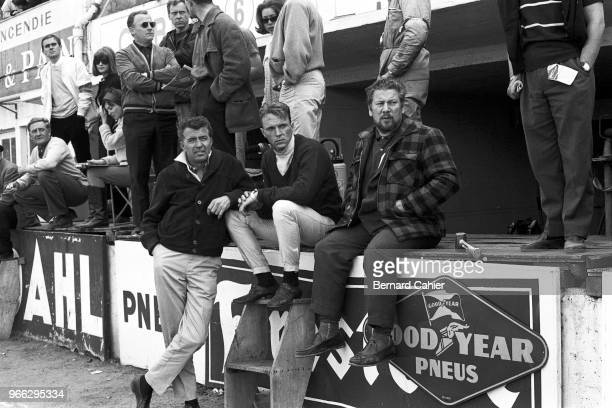 Carroll Shelby, Dan Gurney, Peter Ustinov, 24 Hours of Le Mans, Le Mans, 22 June 1964. Carroll Shelby and Dan Gurney with Peter Ustinov during...