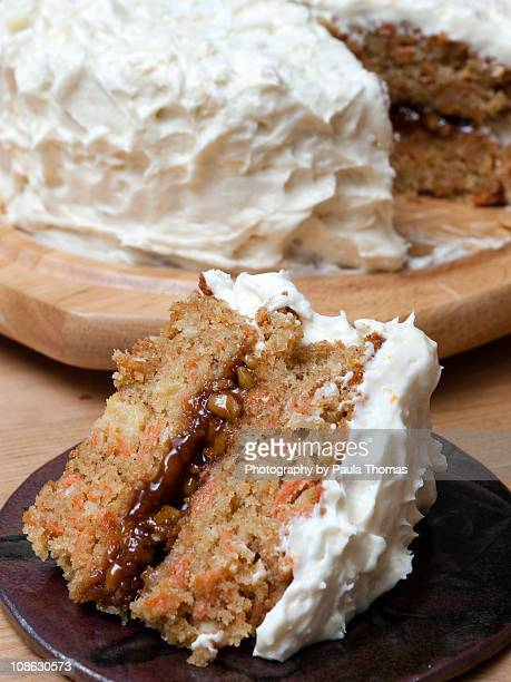 Carrot cake with whiskey praline cream filling