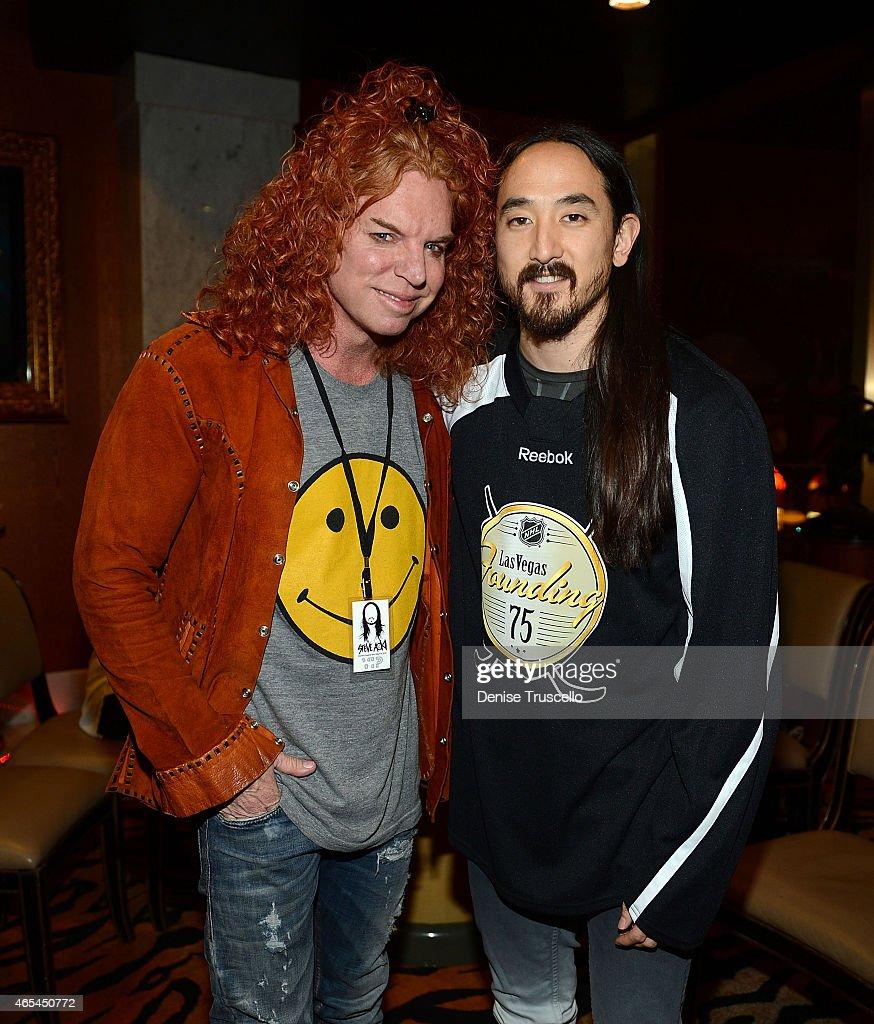 Carrot Top and Steve Aoki, during produce/DJ Steve Aoki's Brenden 'Celebrity' Star presentation at Palms Casino Resort on March 6, 2015 in Las Vegas, Nevada.