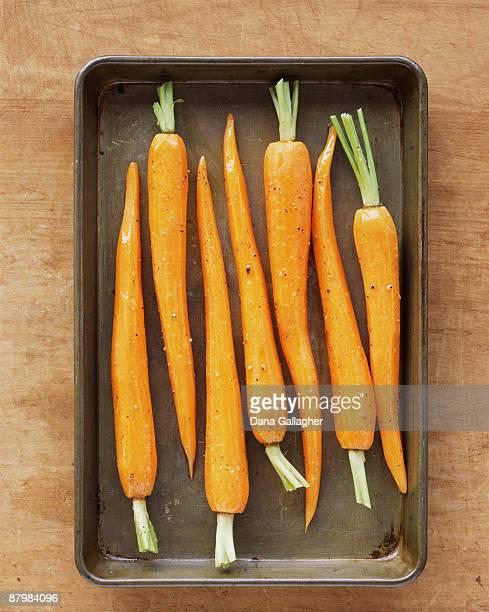 Carrots in roasting pan