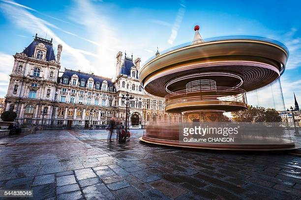 Carrousel de l'hôtel de ville de Paris