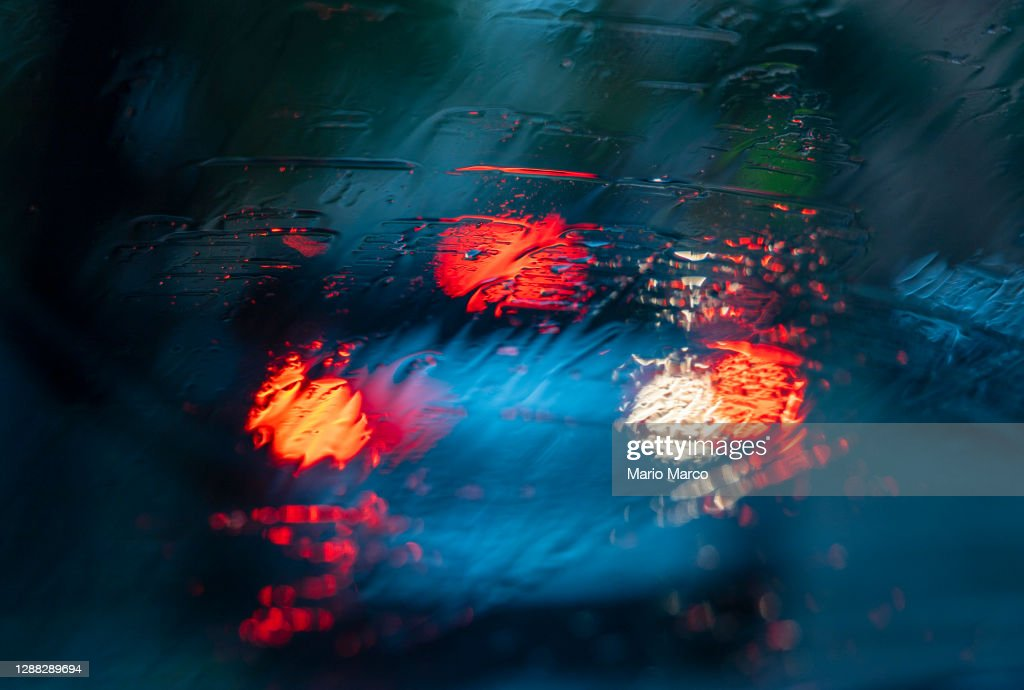 Cars and rain : Stock Photo