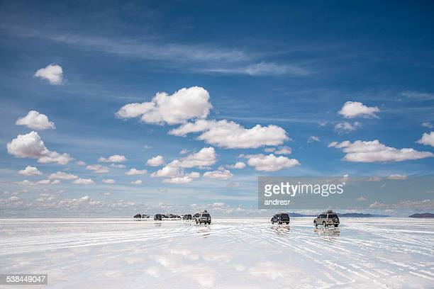 cars at the desert - bolivia stockfoto's en -beelden