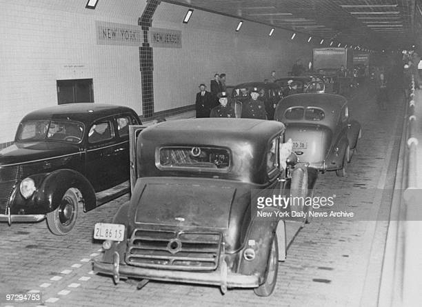 Cars at the state line in the Lincoln Tunnel