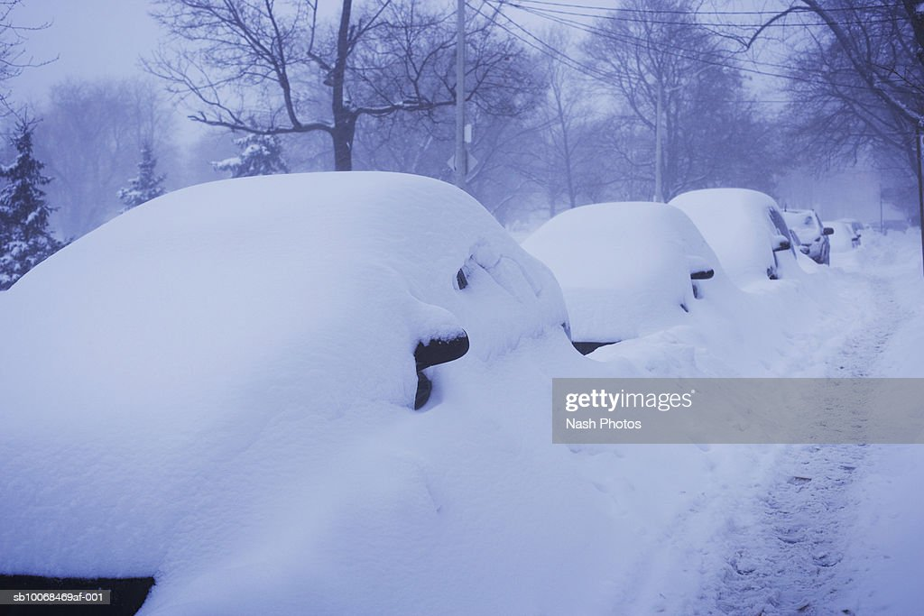 Cars covered in snow : Stock Photo