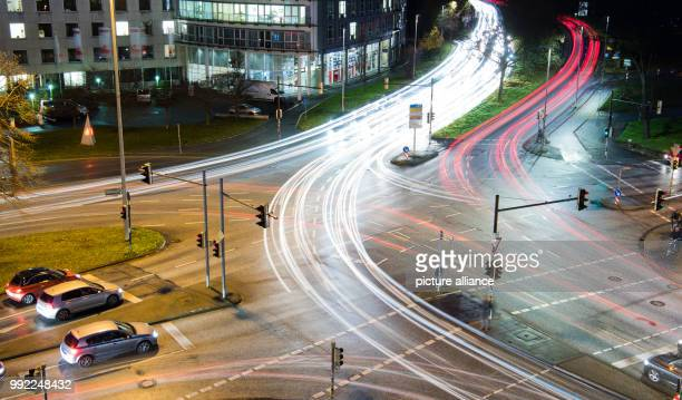 Cars drive over the crossing Bremer Damm / Koenigsworther Platz saure in Hanover, Germany, 27 November 2017 . The General German Automobile Club...