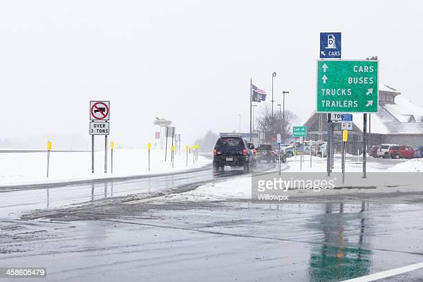 カー入力 NY Thruway 休息にお立ち寄りになり、冬ブリザード