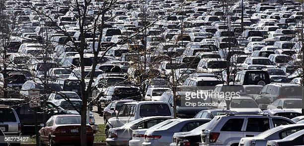 Cars fill the spaces in the parking lot at Leesburg Corner Premium Outlets November 25 2005 in Leesburg Virginia The Friday after Thanksgiving is...